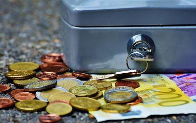 Derecho bancario: mala práctica, reclamaciones extrajudiciales y judiciales